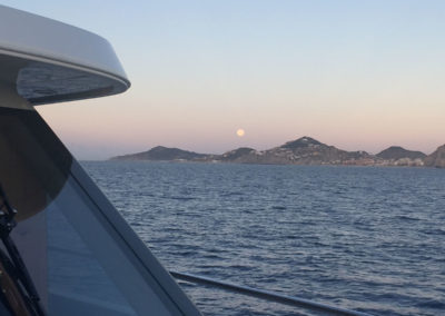 Moon-setting-over-Cabo